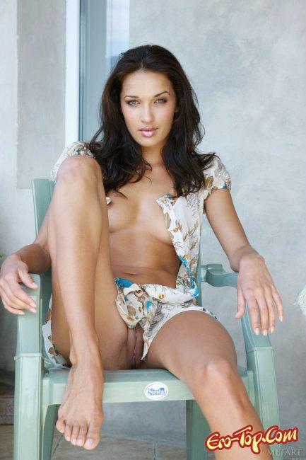 Красивая девушка Оля из плейбоя фото