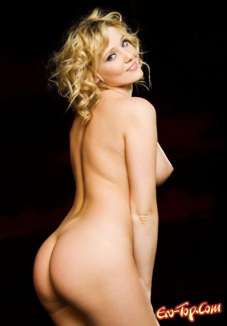 Красивая натуральная грудь молодой девушки. Фото голых сисек