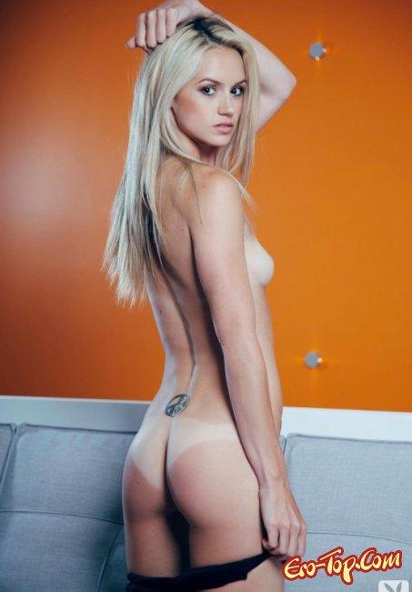 Блондинка дома оголила свое тело. Фото голых блондинок