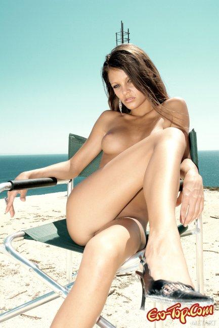 Голая модель с худым телом фото