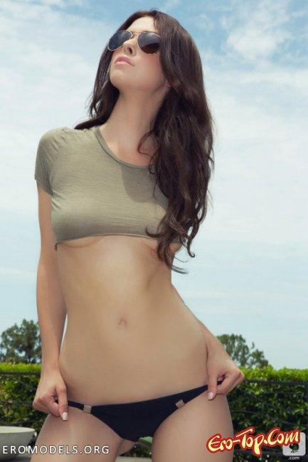 Женщина ненасытная с большой грудью. Фото голых женщин